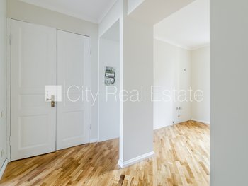 Apartment for sale in Riga, Riga center 421100