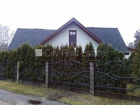 House for sale in Jurmala, Dubulti 422185