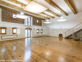 Commercial premises for lease in Riga, Vecriga (Old Riga) 430343