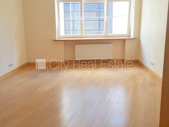 Commercial premises for lease in Riga, Vecriga (Old Riga) 427238