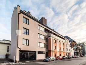 Pārdod dzīvokli Rīgā, Centrā 425228