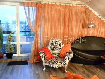 Pārdod dzīvokli Rīgā, Centrā 425144