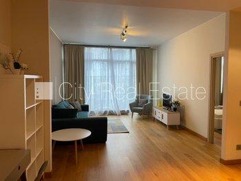 Продают квартиру в Риге, Центре 425868