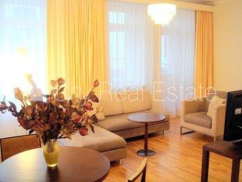 Izīrē dzīvokli Rīgā, Vecrīgā 427293