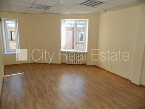 Commercial premises for lease in Riga, Vecriga (Old Riga) 429572