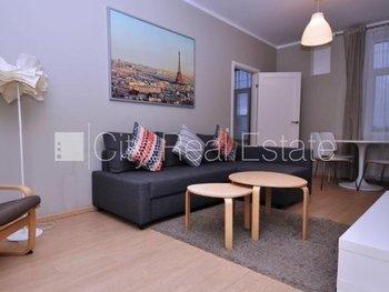 Pārdod dzīvokli Rīgā, Centrā 506849